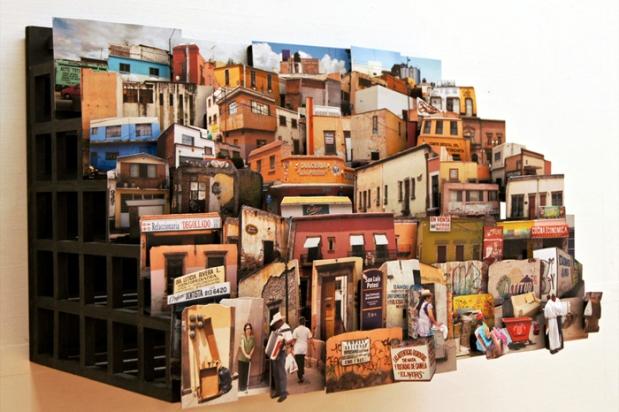 3_Detalle-obra-Espacio-en-Construcción,-collage-tridimensional-de-fotografías-de-méxico.-300-cm-x-60-cm-x-60-cm.-2011.-Colección-permanente-Centro-de-las-Artes-de-San-Luis-Potosí,-México.